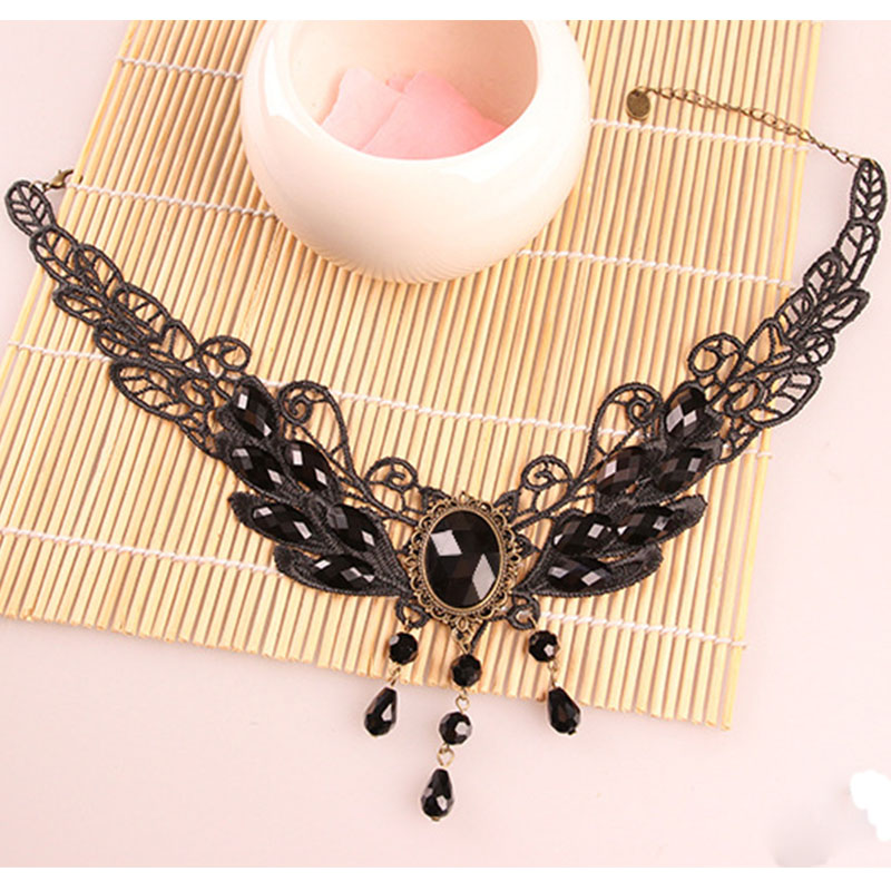 Gothic Charm collares para mujer Steampunk estilo Sexy de encaje negro collar de cristal borla cadena gargantilla declaración joyería