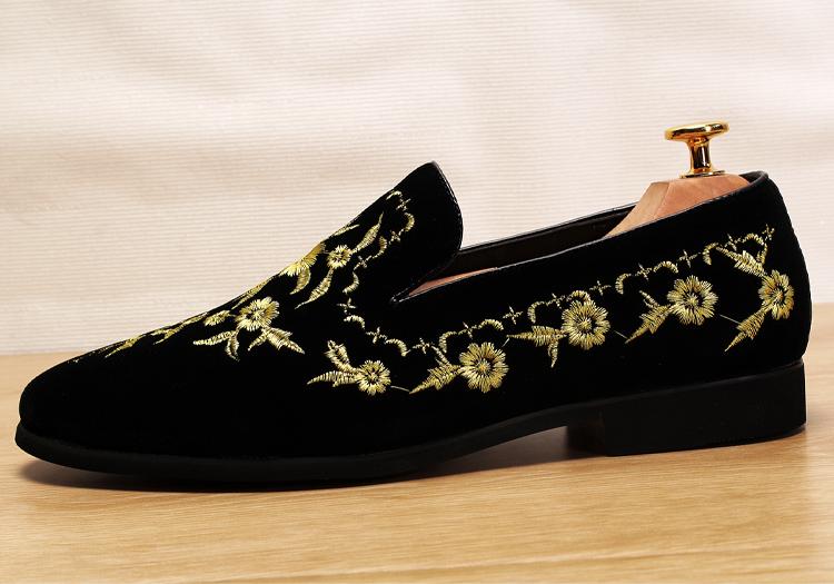 Men 2019 luxury Brand Designer shoes flock velvet Sun flower Embroidery gentleman loafers Dress Wedding driver Italian flats 14