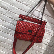 купить free shipping 2019 new style rivet chain handbag genuine cow leather joker punk fashion trend one shoulder crossbody bag 30cm по цене 6903.91 рублей