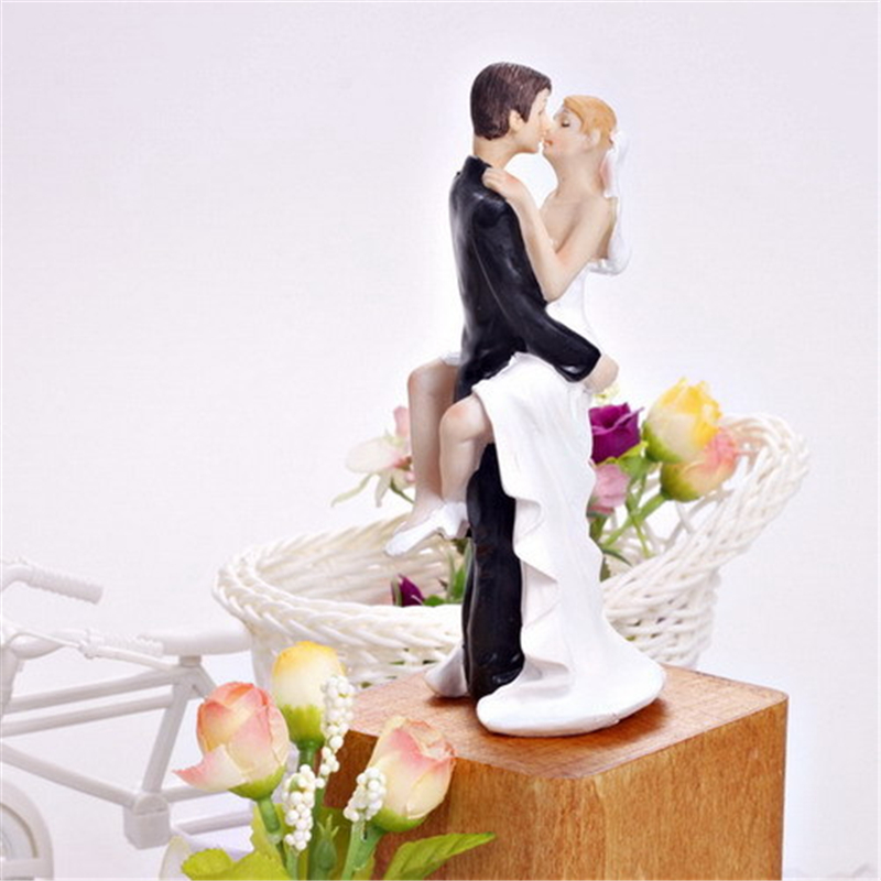 wedding cake bride and groom figurines 1pcs wedding cake toppers and groom figurines resin 22087