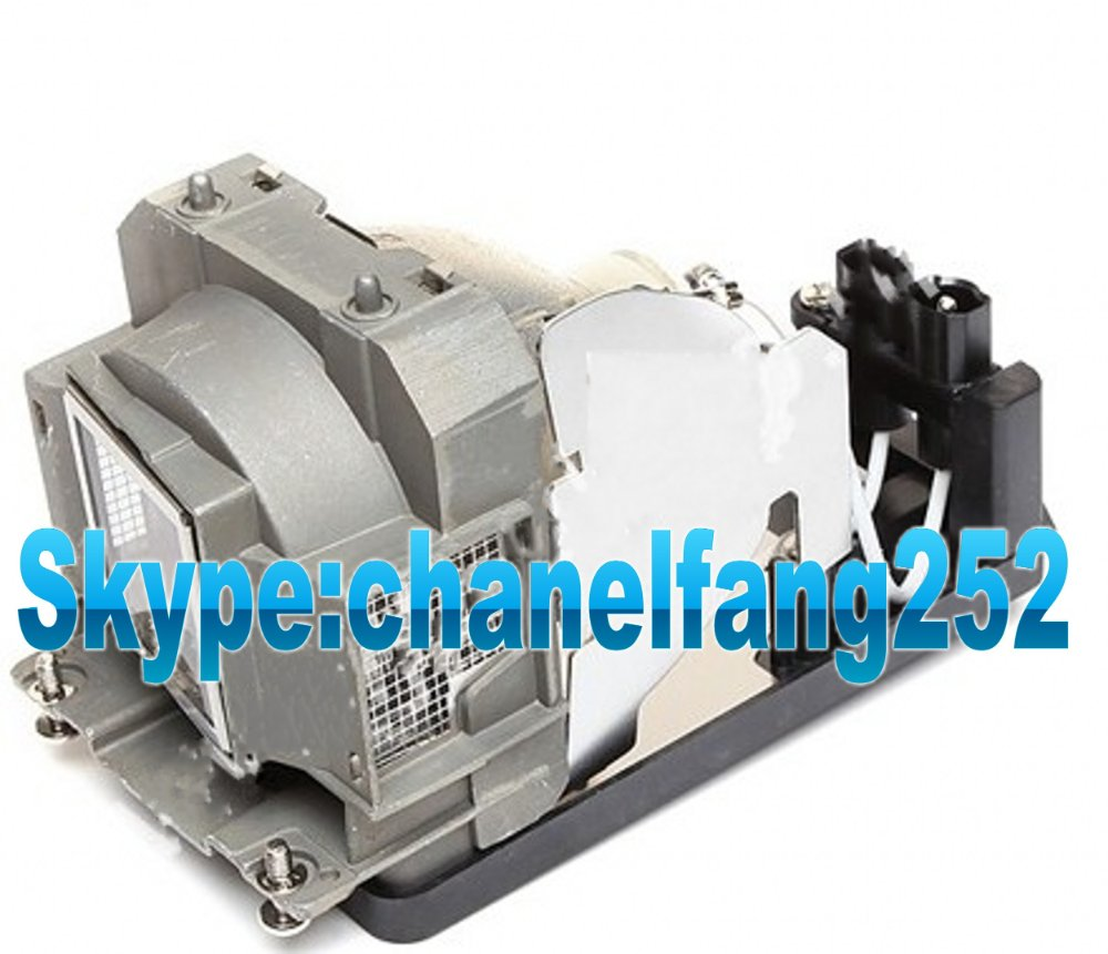 Replacement projector bare lamp TLPLW6 for TDP-T250 /TDP-TW300/TW300  Projector free shipping brand new projector bare lamp tlplw6 for toshiba tdp t250 tdp tw300 projector 3pcs lot