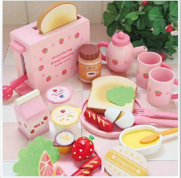 Baby Pretend Play Wooden strawberry bread Healthy Breakfast Wooden Play Food Set Toys free shipping baby toys picnic basket food set wooden play food set pretend play kitchen toys gift