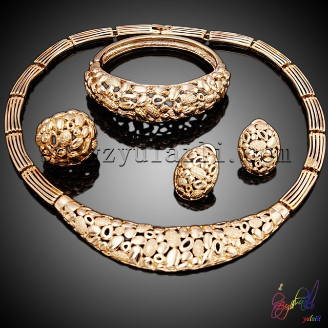 China suppliers Jewelry set in latest design Arabic gold jewellery