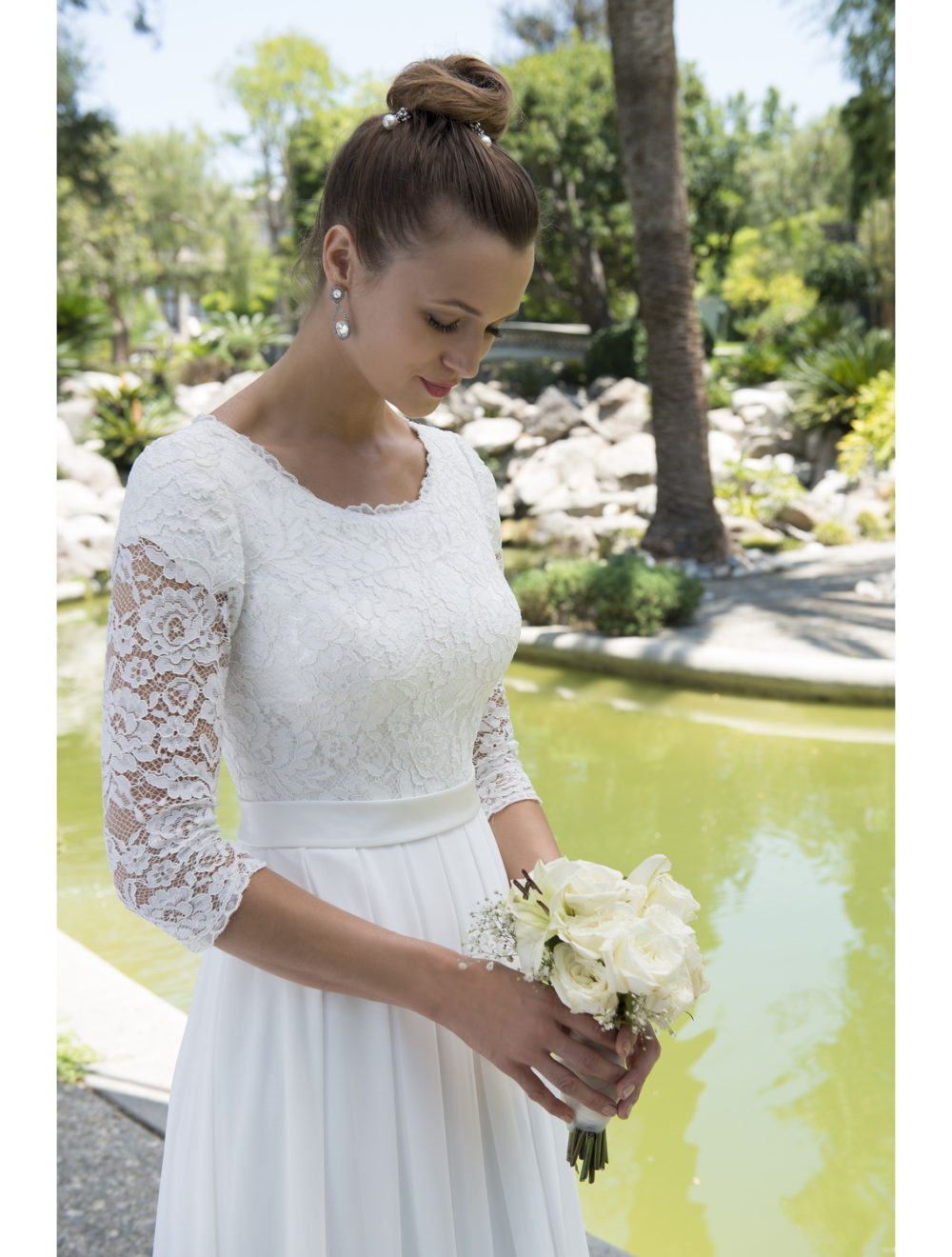Modest Beach Wedding Dresses With 3/4 Sleeves Scoop Neck Bridal ...