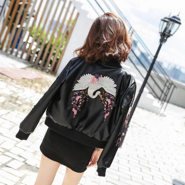 Autumn Women s PU Leather jacket Punk Motorcycle uniform Outwear female Biker Zipper Embroidery Short Coats L1573