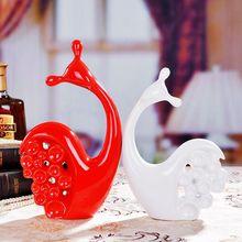 цена на white ceramic snails lovers home decor crafts room decoration ceramic handicraft ornament porcelain figurines wedding decoration