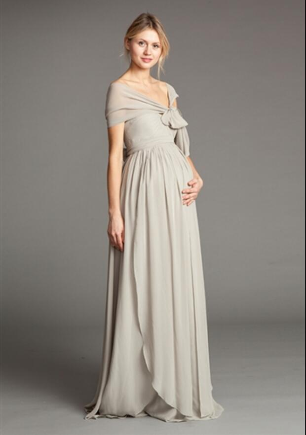 Popular Bridesmaid Dresses for Pregnant Women