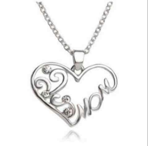 X 590 Comercio exterior Venta caliente simple de cristal en forma de corazón madre Mamá collar Madre Día de corazón de melocotón de la joyería familia más hermosa