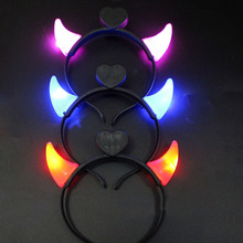 2017 LED Flashing Small Devil Horn Girls Headwear Light Headbands for Adult Kids Party Wedding Decorations Supplies Halloween