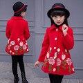 Meninas do bebê Casacos de Inverno Bordado Único Breasted Trench Crianças Topos de Algodão Crianças Outerwear Moda Roupas Vestido Infantil