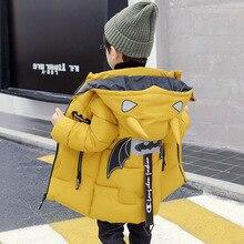 Yeni yürümeye başlayan erkek ceket ceket çocuklar kış sıcak yastıklı dış giyim kapşonlu Batman ceket erkek moda Parkas çocuk ceket