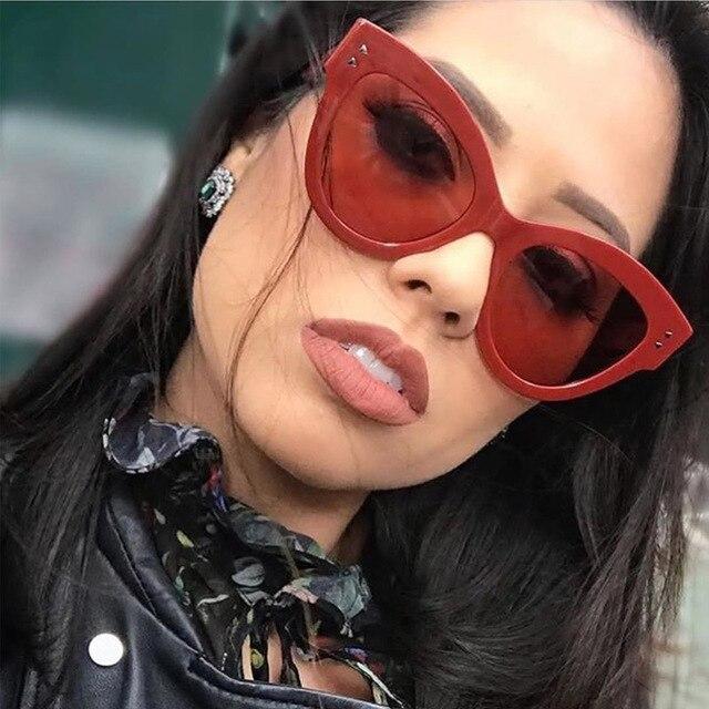 23051e0fbe1f1 Verão Sensuais Senhoras Estilo Olho de Gato óculos de Sol Vermelhos 2018  Das Mulheres Da Marca