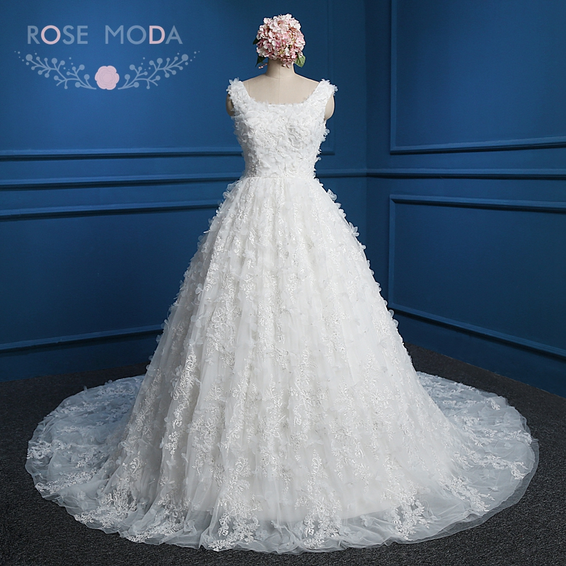 Rose Moda Vintage Lace Ball Gown V Tillbaka 3D Flower Wedding Dress med Royal Train Arabiska Bröllopsklänningar Verkliga Foton