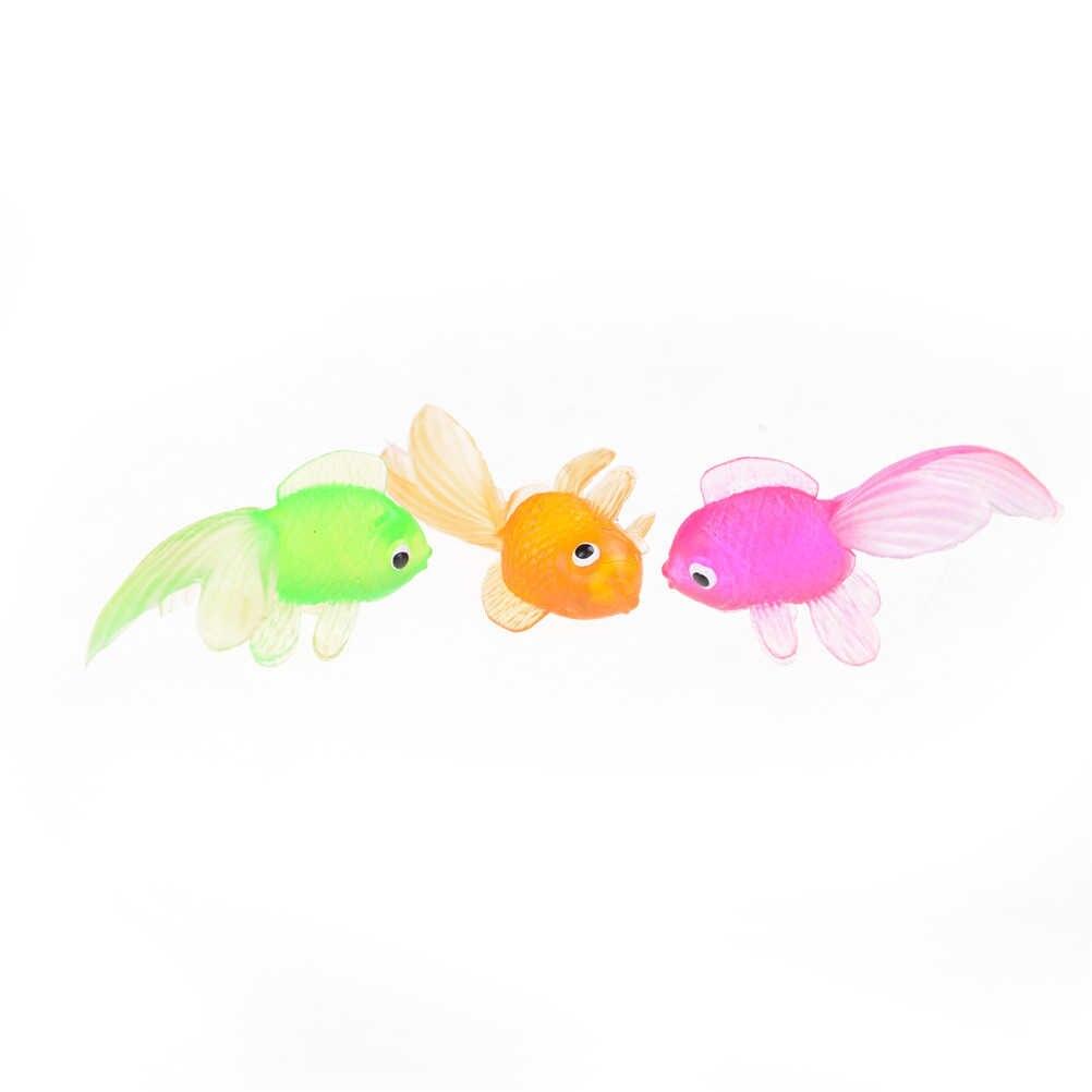 色ランダム!!! 2ピース4.5センチ子供のおもちゃプラスチックシミュレーション小さな金魚ソフトラバーゴールド魚