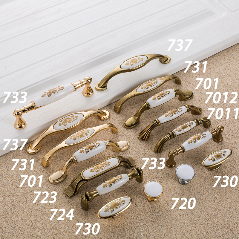 Купить с кэшбэком WV European Gold Flower Ceramic Handle Modern Simple Cabinet Wardrobe Door Knob Cabinet Classical Antique Pulls Hardware 737