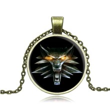 Wolf Necklace The Witcher 3 Wild Hunt Medallion Necklace Glass Dome Cabochon Pendant Necklace Children Cool Popular Gift Jewelry