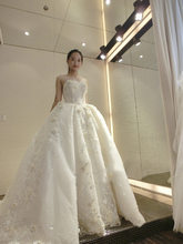 2016 New Ball Gown Lace Wedding Dress Long Train Sexy Plus Size Bride Gown Robe Mariage Luxury Wedding Dress for Brides