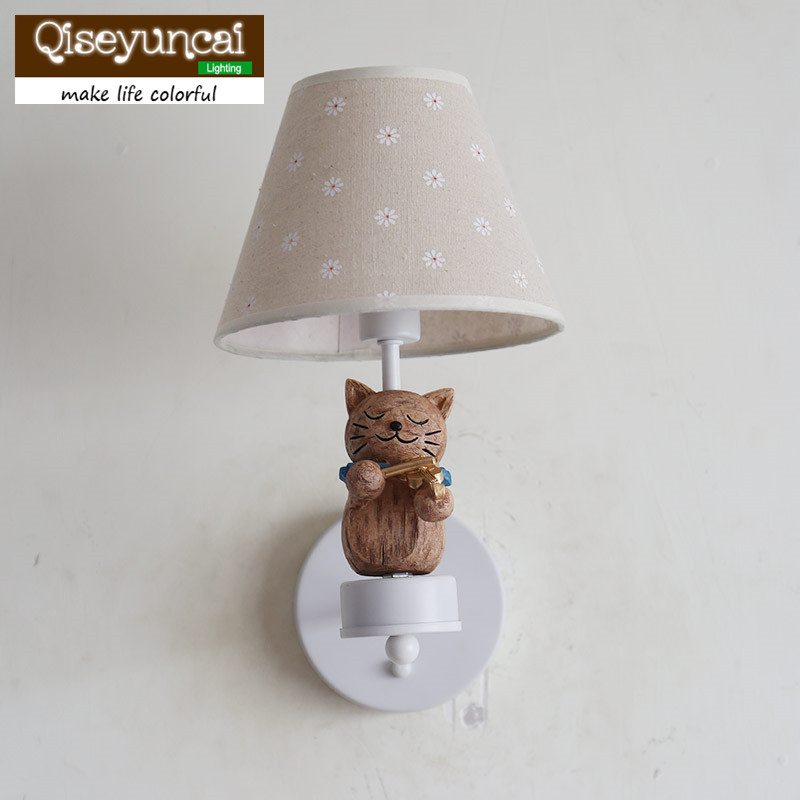 Qiseyuncai American Cat playing violin Children's room Wall lamp Boy Girl Bedroom Jacquard cover Bedside lamp free shipping qiseyuncai american children s room england soldier legion wall lamp boy girl bedroom lighting free shipping