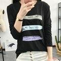 Nuevo Otoño de Corea Moda Delgado de manga Larga Camiseta Femenina Carta Multicolor Rayas camiseta Impresa Mujeres 2017 de Ocio Tops