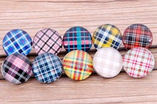 PAPAPRESS 10pcs lot Mix Styles Tartan Pattern Glass Choker Buttons 18mm Snaps Fit DIY Button Charm