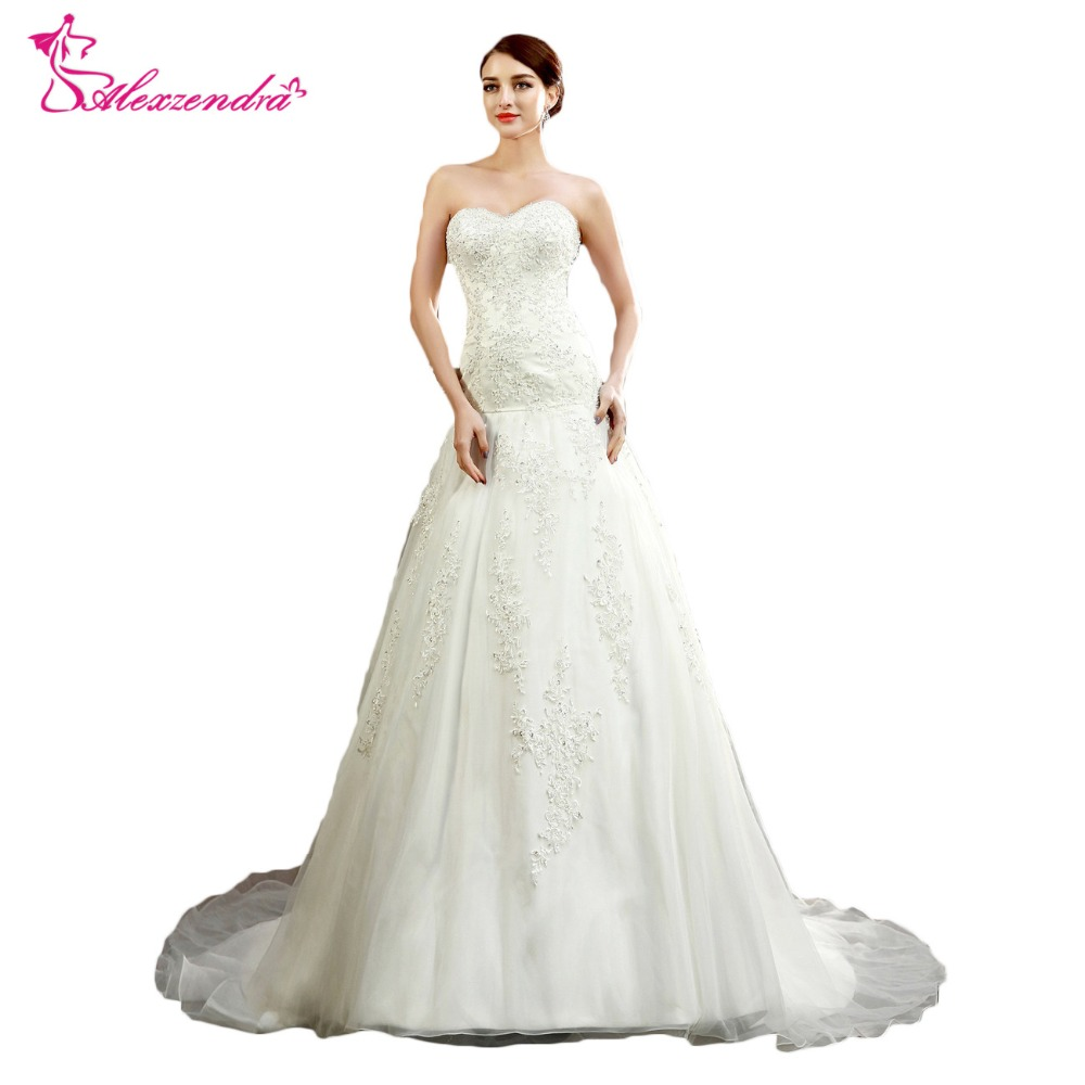Alexzendra Lace Mermaid Bröllopsklänningar 2018 Trumpet Sweetheart Applique Fashion Bride Dress Anpassa yk8R874
