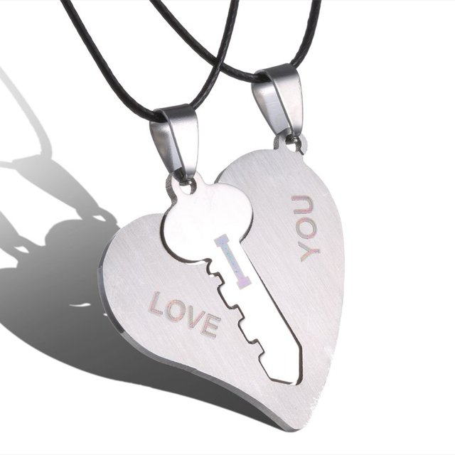 c284e6ee30 Couple Necklaces Set Pendant Necklace Engrave I Love You Matching Hearts  Key 316L Stainless Steel Couple Puzzles Valentine's Day