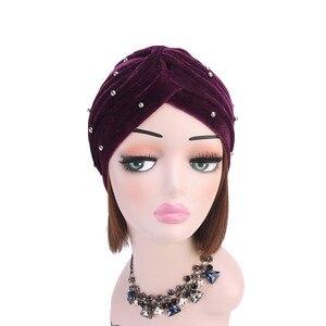 Image 2 - イスラム教徒の女性フリルベルベットビーズターバン帽子スカーフbanadansがん化学ビーニーキャップ帽子headwrapヘアアクセサリー
