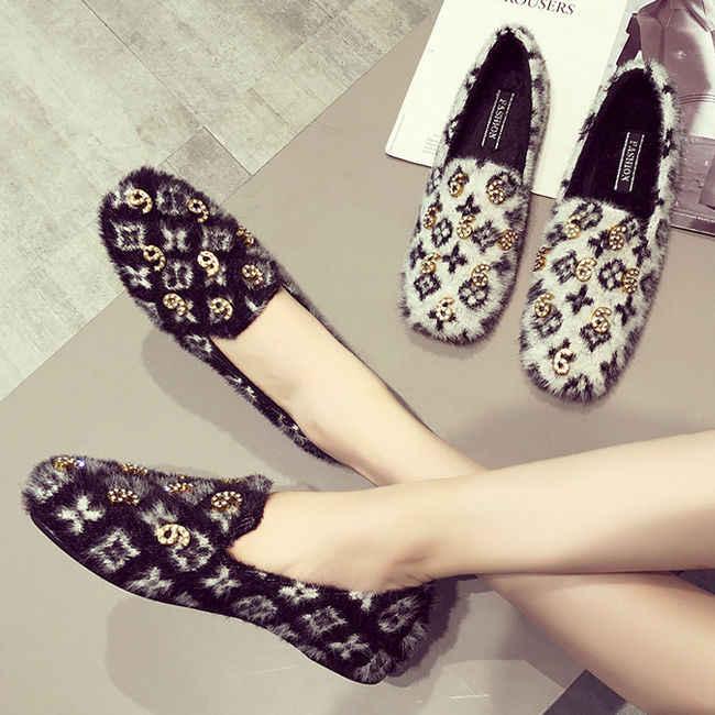 83b50bf5fa8 Juyouki Fashion Women Winter Luxury Fashion Casual Shoes with Fur Plush  Warm Ladies Number 6 9