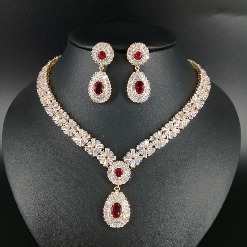 все цены на NEW FASHION Retro palace water drop red zircon golden necklace earring wedding bride banquet dress formal jewelry set free ship