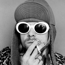 New fashion Women Oval Sunglasses NIRVANA Kurt Cobain Sunglasses Men Vintage Retro Female Male Sun Glasses Women's Glasses UV400