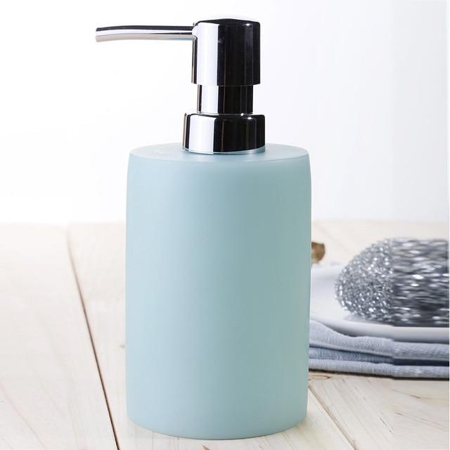 Fashion brief Empty emulsion bottles shampoo bottle of hand sanitizer resin shower gel bottle bathroom supplies blue