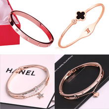 цена New women's bracelets bracelets jewelry watch accessories four-leaf clover bracelets personalized student jewelry DIY bracelet онлайн в 2017 году