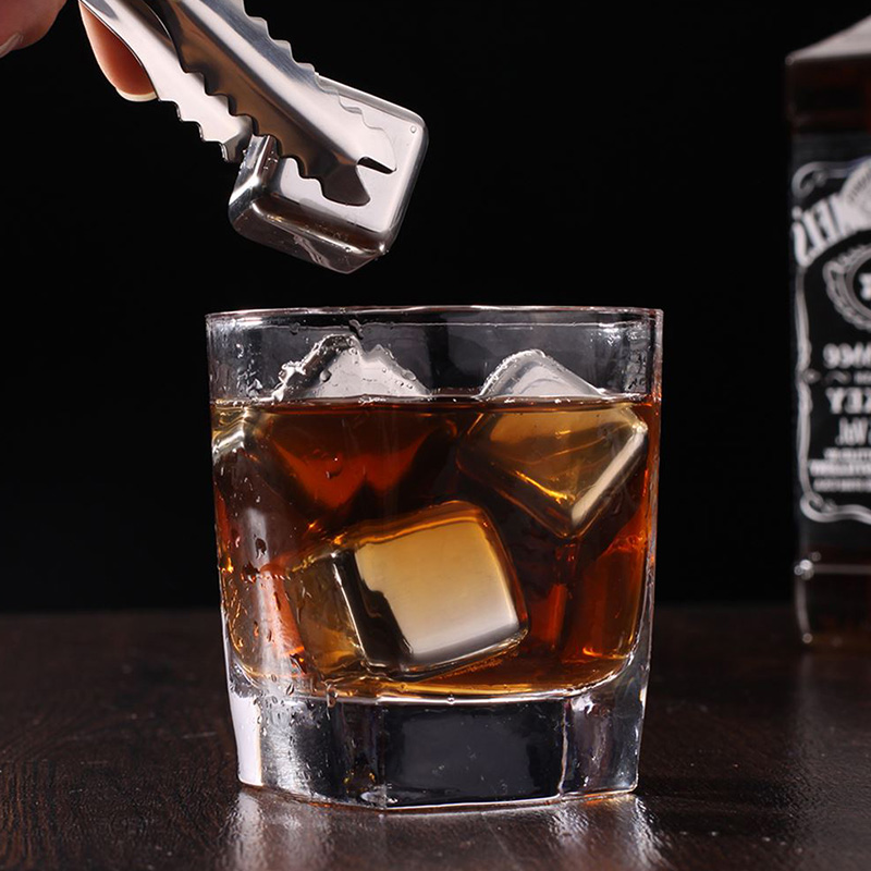 Hot Sale 1PC Hot Stainless Steel Whisky Ice Cubes Quick Freezing Wine Beer Cooler Liquor Cooling Rocks KTV Accessories