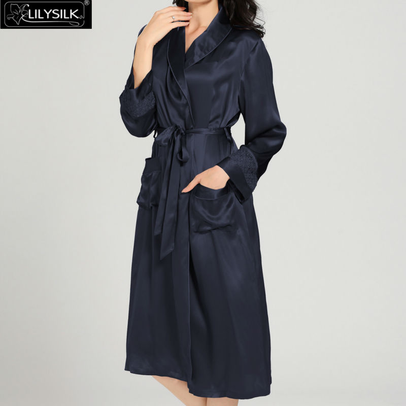1000-navy-blue-22-momme-luxury-lacey-silk-nightgown--dressing-gown-set-03