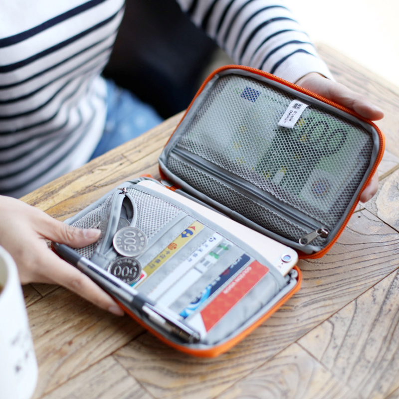 New Waterproof Handy Travel ID Card Wallet Passport Cover Wallet Purse Organizer Bag Credit Card Holder Travel Storage Bag