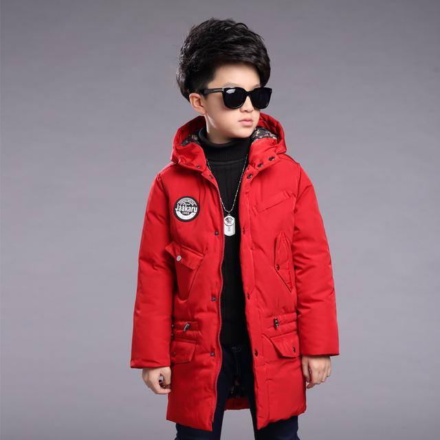 Invierno de algodón acolchado ropa de chico en 2016 nuevo viento Británico del producto más largo por la chaqueta chaqueta de la capa