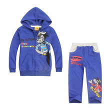 New Boys Clothes Units Cartoon Little Pink Using Hood And The Wolf Cotton Winter Heat Full Sleeve Coat + Pants Youngsters Garments Set