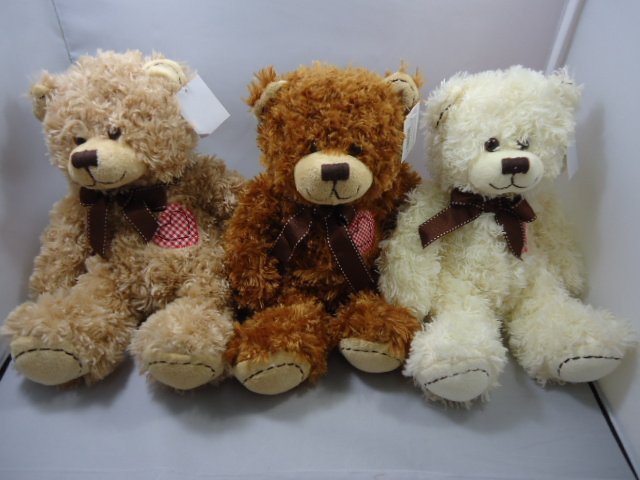 genuine love heart teddy bear plush toy into the three-color birthday gift