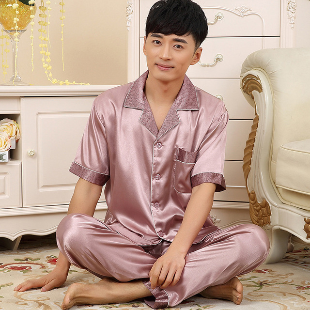 Male summer short sleeve Shirt Pants silk pajamas suit summer men's large size Sleep silk tracksuit Homewear Pyjamas Sets Z1970