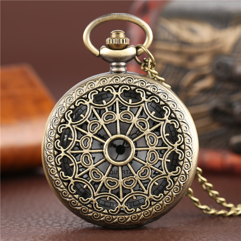 Bronze Antique Vintage Spider Web Hollow Pendant Necklace Quartz Pocket Watch Men Women Unique Sweater Necklace Steampunk Watch