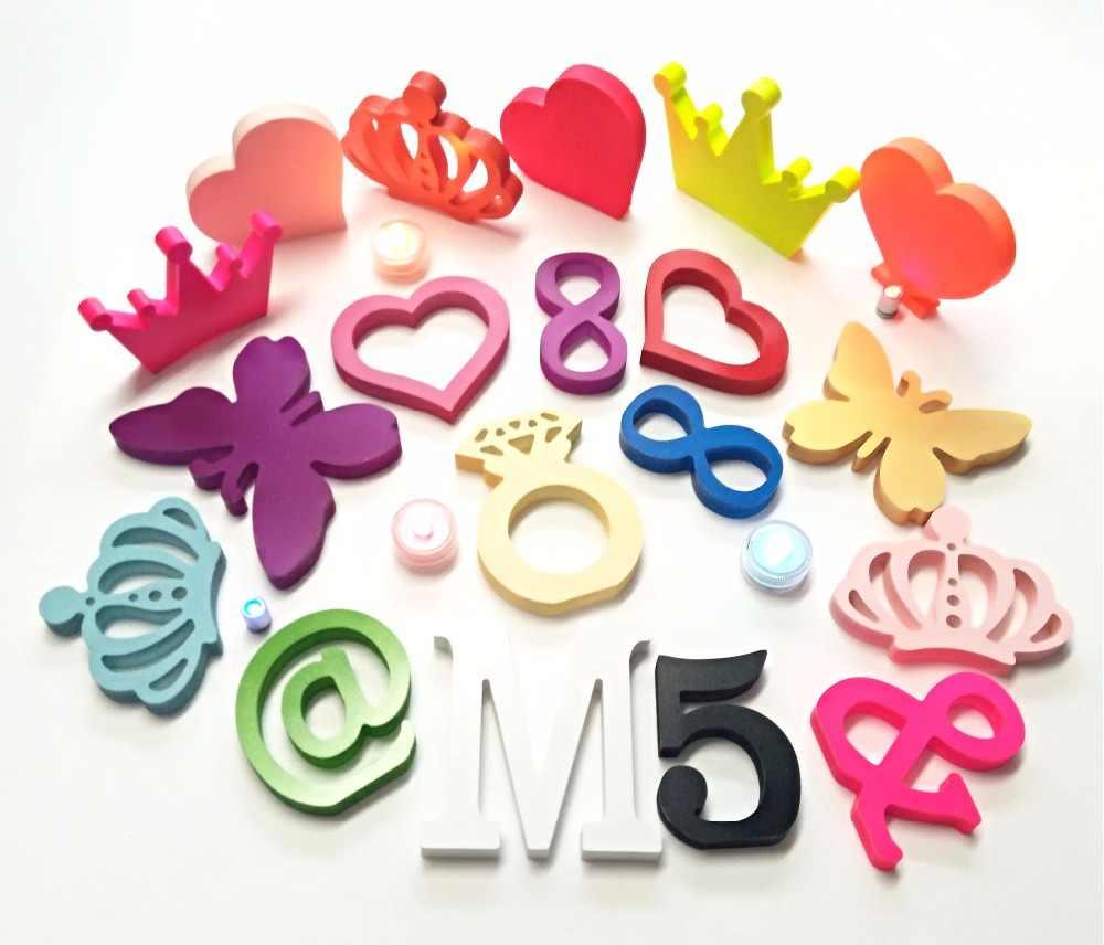 21 colores opcionales de madera letras mariposa, corona amor corazón Casa Familia y artesanías de madera para la decoración de la boda