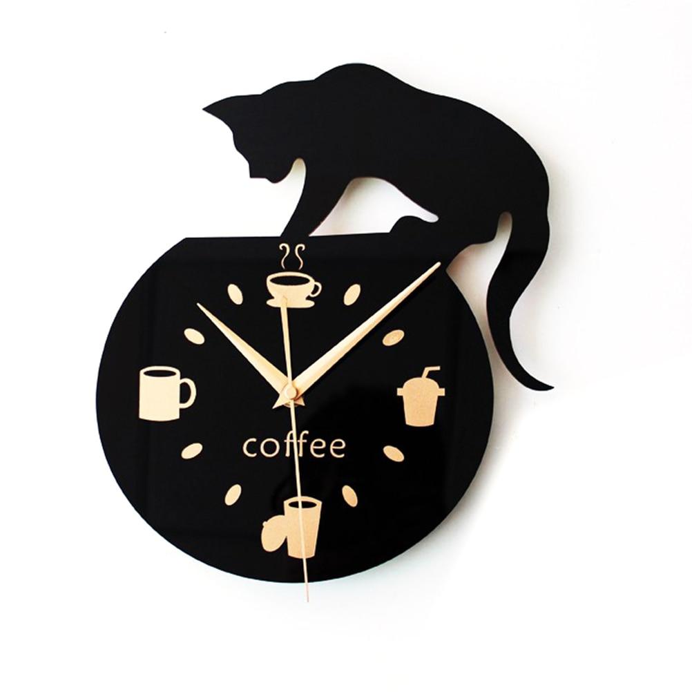 Silent Cartoon Wall Clock Cute Climbing Cat For Drinking