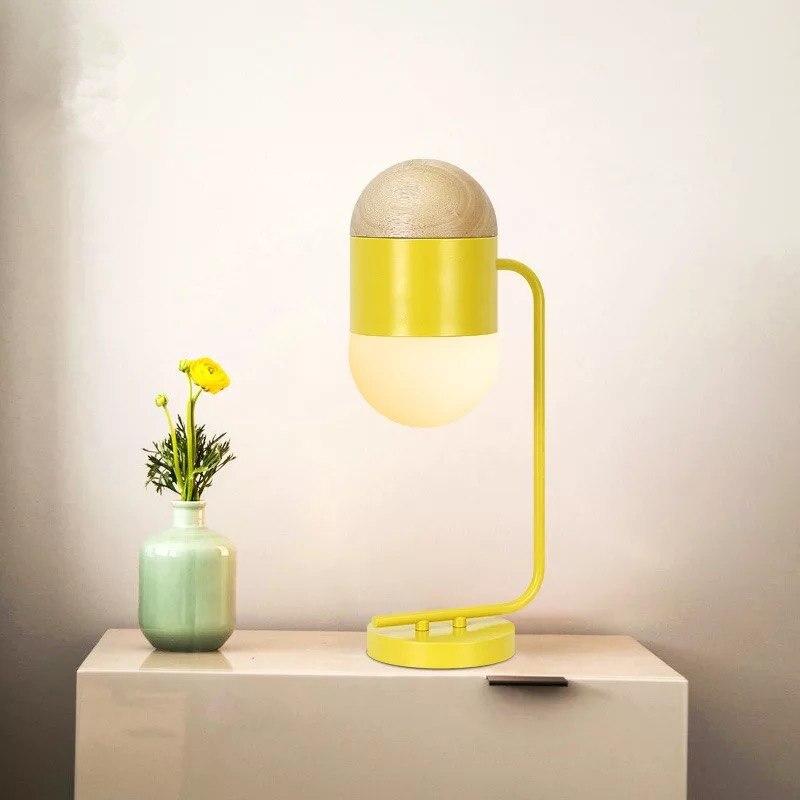 Belle jaune enfants chambre LED lampe de Table E14 LED ampoule 90-260 V lampe de chevet lit lumières salon décoration éclairage Art déco