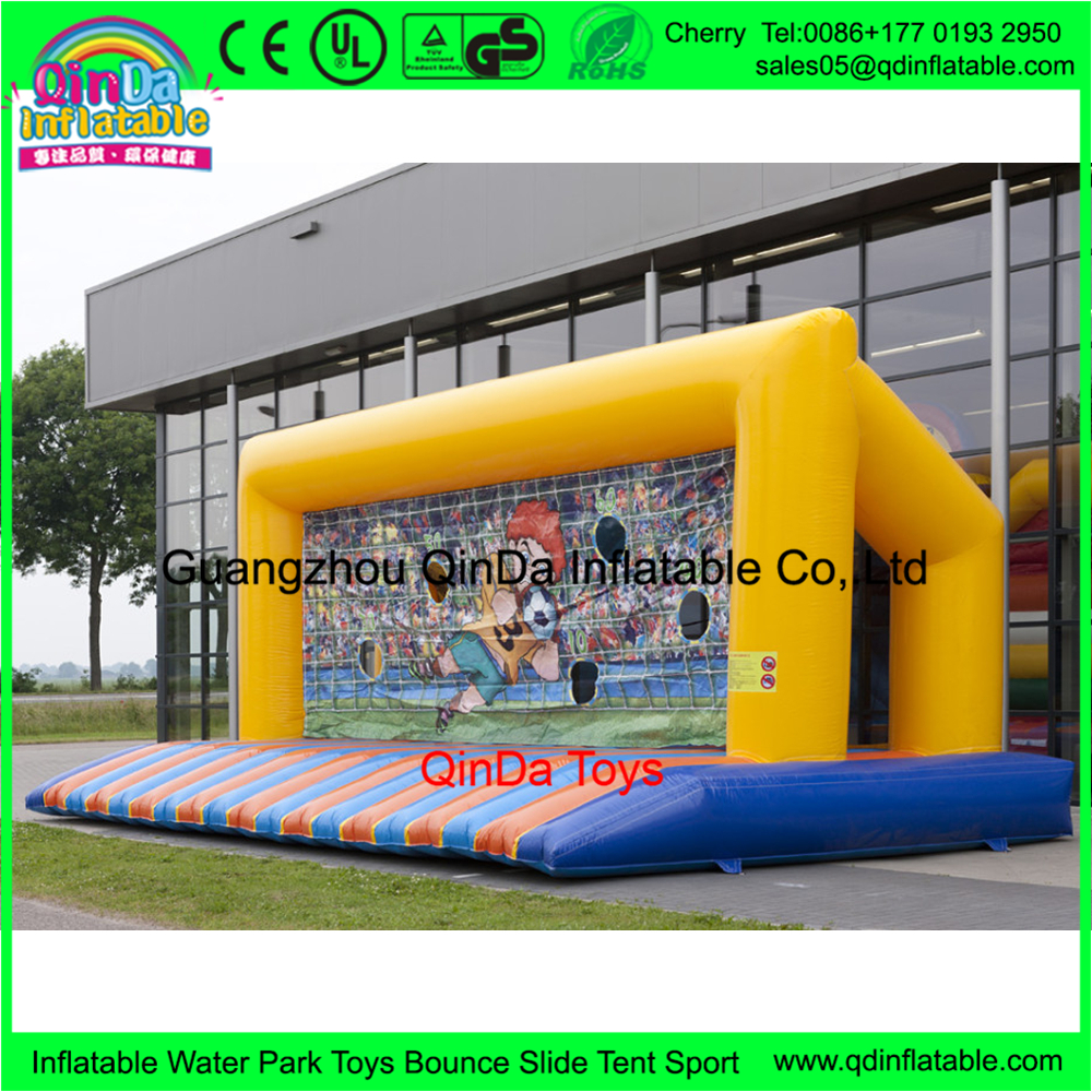 inflatable-soccer-goal-with-bed-940x652
