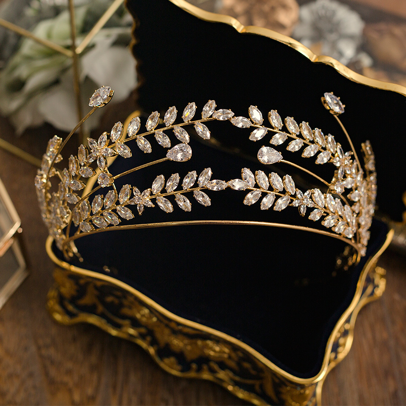 Bavoen Royal Princess Gold Brides Hairbands Baroque Zircon Brides Tiaras Hairbands Clear Crystal Wedding Hair Accessories