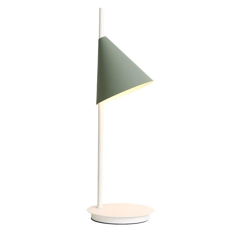 Nordique moderne simple macaron lampe de table coloré rose jaune vert fer art abat-jour blanc lampe base pour foyer enfants chambre étude