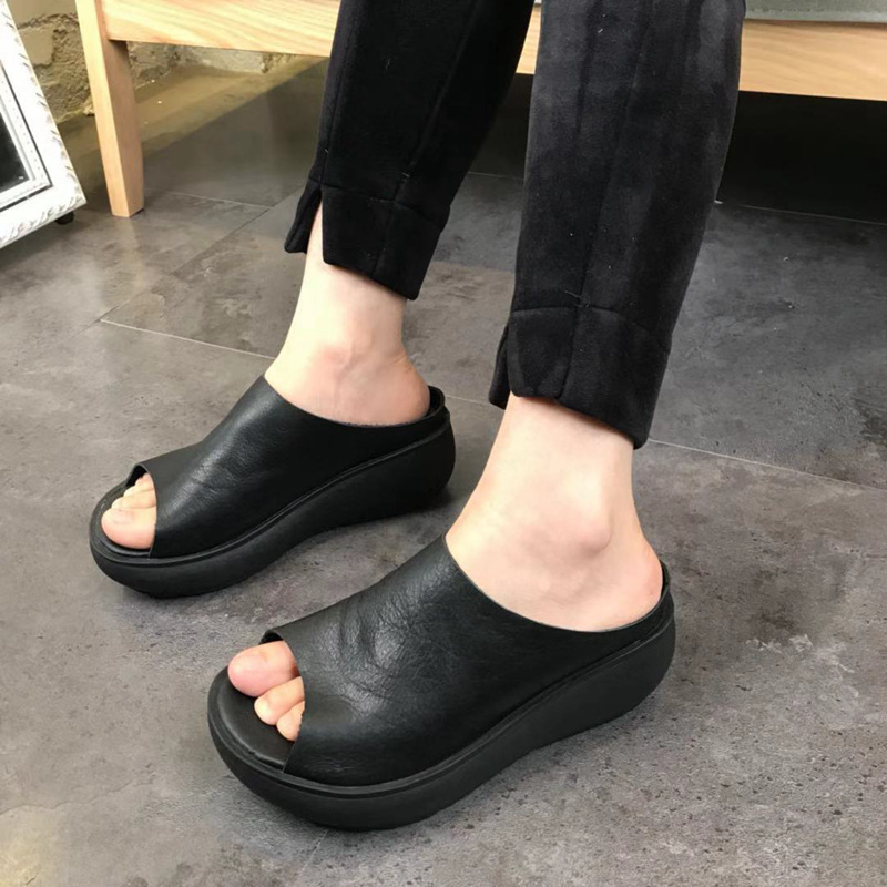Women Leather Slippers Black Wedge Shoes 5 CM High Heel Summer Slippers Women Casual 2019 Style Handmade Genuine Leather SlipperWomen Leather Slippers Black Wedge Shoes 5 CM High Heel Summer Slippers Women Casual 2019 Style Handmade Genuine Leather Slipper