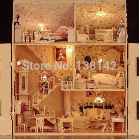 ФОТО 13808 large castle voice light diy dollhouse villa wooden doll house miniatures for decoration toys girls