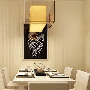 Image 2 - Einfarbig Striped Nicht woven Beflockung Tapete Für Wände Rollen 3D Schlafzimmer Wohnzimmer Klassische Wand Papier Wohnkultur moderne 10M
