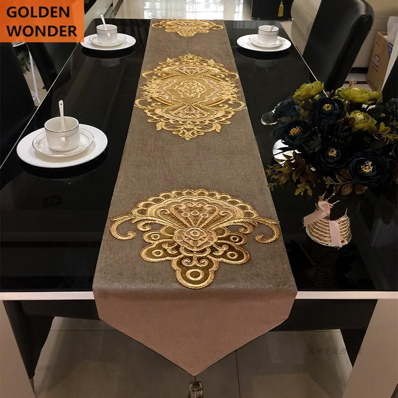 Luxury Embroidery Elegant Table Runners Chenille Modern High grade Bed Runner